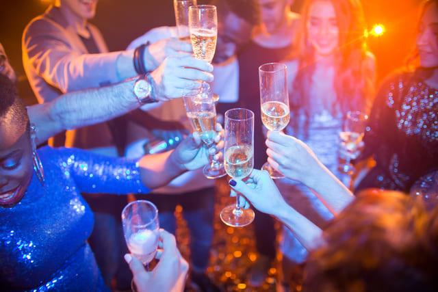 パーティー クラブ