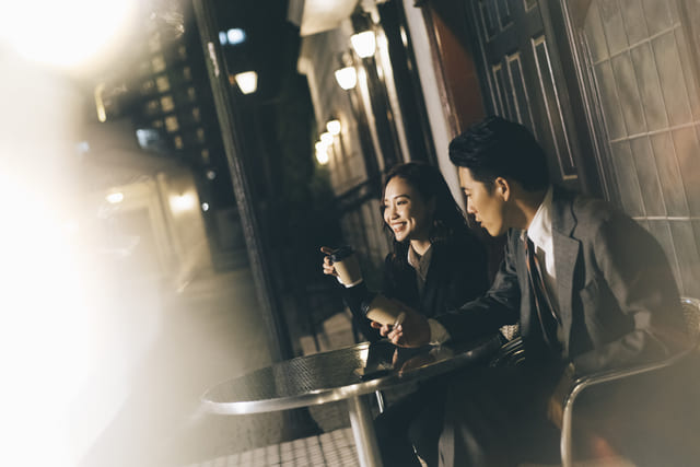 男女 カフェ 会話