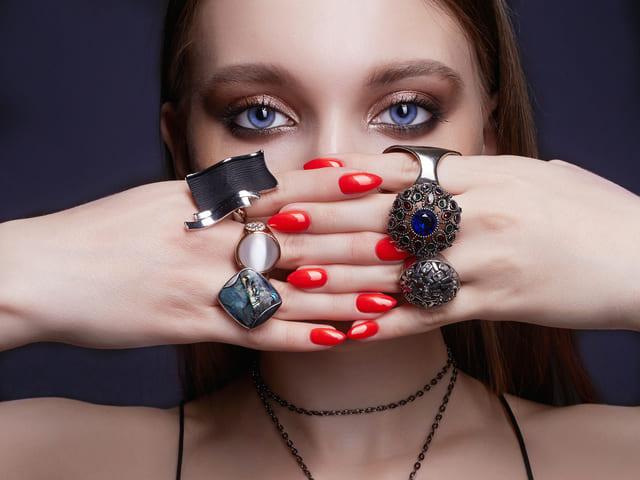 指輪 女性 ビューティ